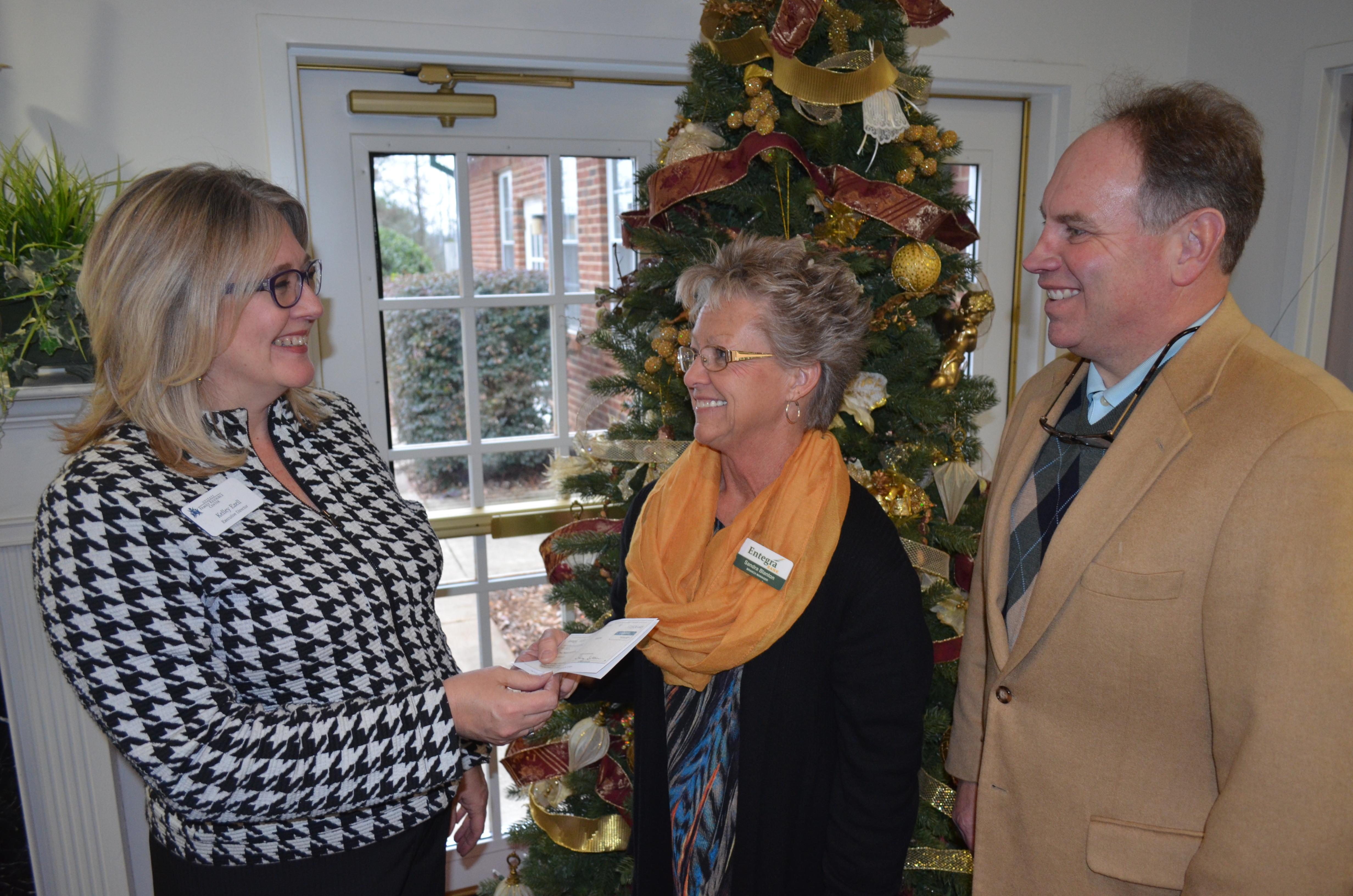 Entegra Bank donates $3K to Upstate Family Resource Center